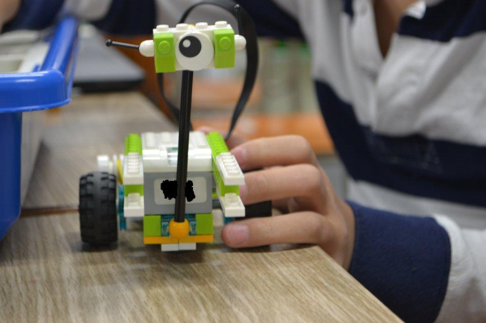 ロボット教室ふじみ野校に通う生徒さんがマイロロボットをつくりました!