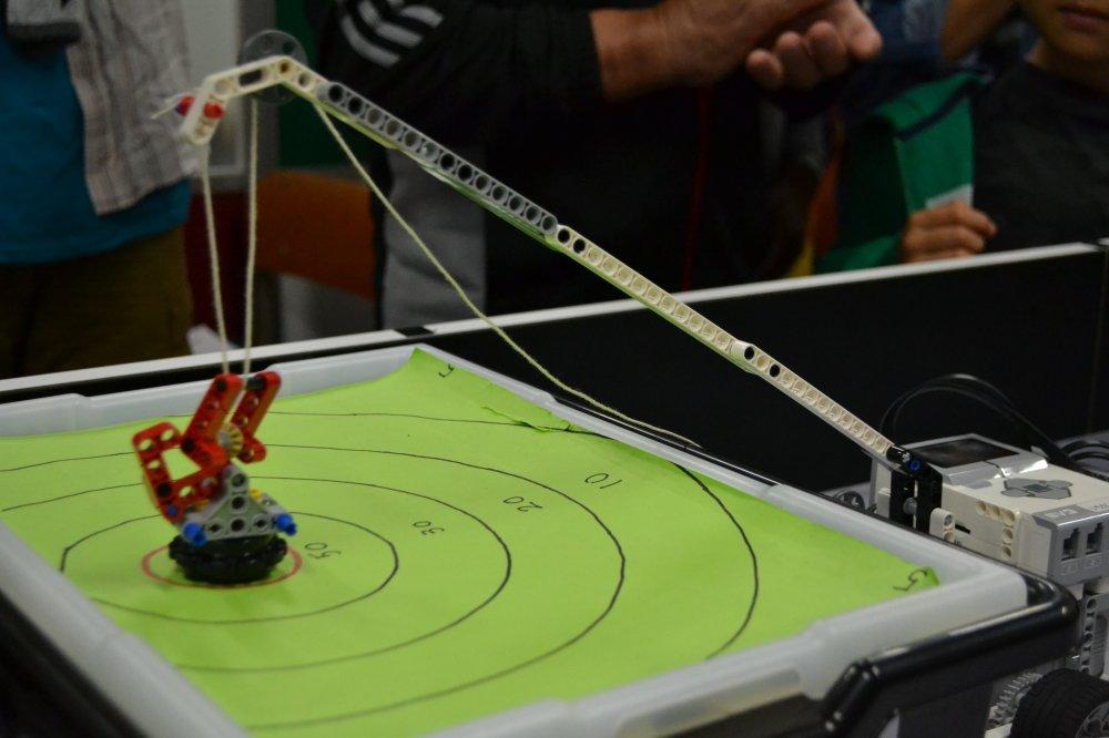 ロボット教室に鶴ヶ島から通ってくれている生徒さんの作品を紹介します。