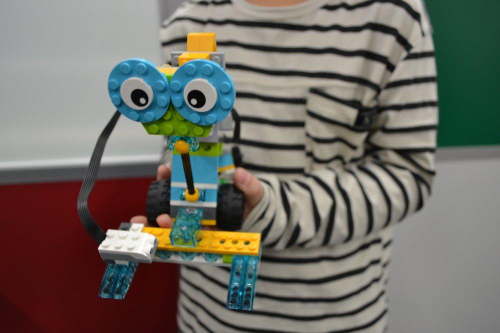 ロボットを使って月面探査!今回は富士見市からロボット教室に通う生徒さんが作ったロボットの紹介です!