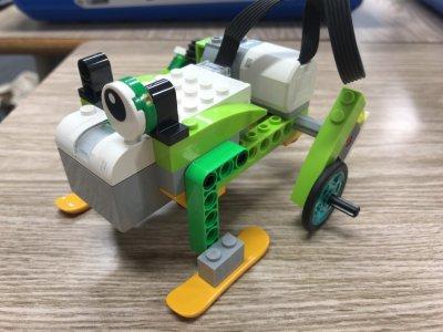 カエルロボットをつかってギアをまなぼう!ロボット教室ふじみ野校の生徒さんがカエルロボットを作ってくれました!