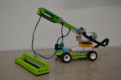 プログラミングをつかってモーターせいぎょ!ロボット教室ふじみ野校でつり上げロボットを作りました!