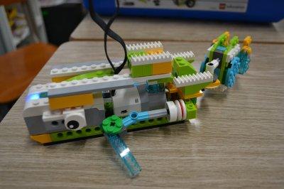 鶴瀬からロボット教室に通ってくれている生徒さんの作品を紹介します。