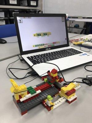 LEGOでクリスマス!ロボット教室クレファス柏校で毎年恒例クリスマスイベントを開催しました!